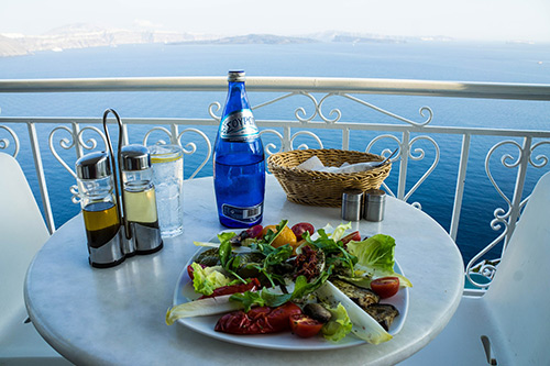 Food and drink in Santorini